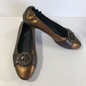 Donald J. Pliner Bronze Peace Haley leather flats